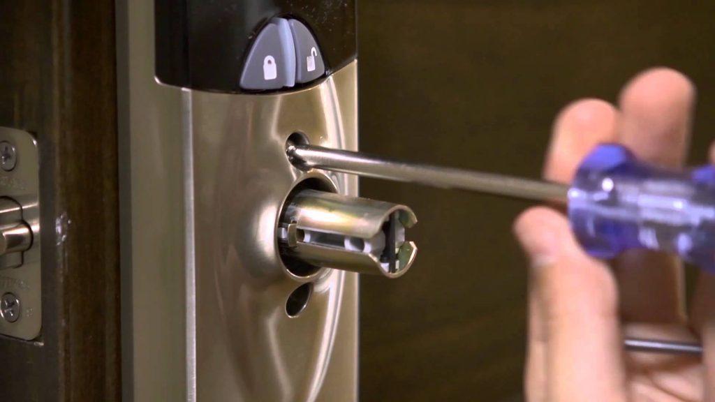 locksmith-Horsham-high-tech-lock-installation